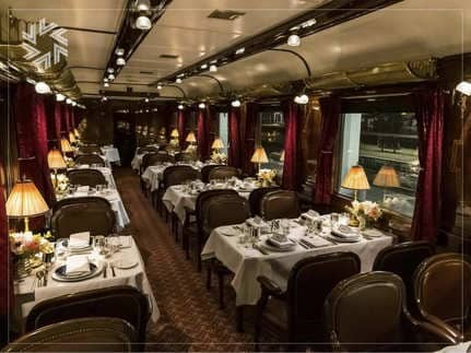 Train-de-Legende-interieur